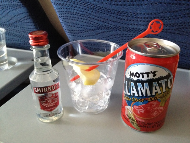 #FridayFoodPhotos – Airplane drinks